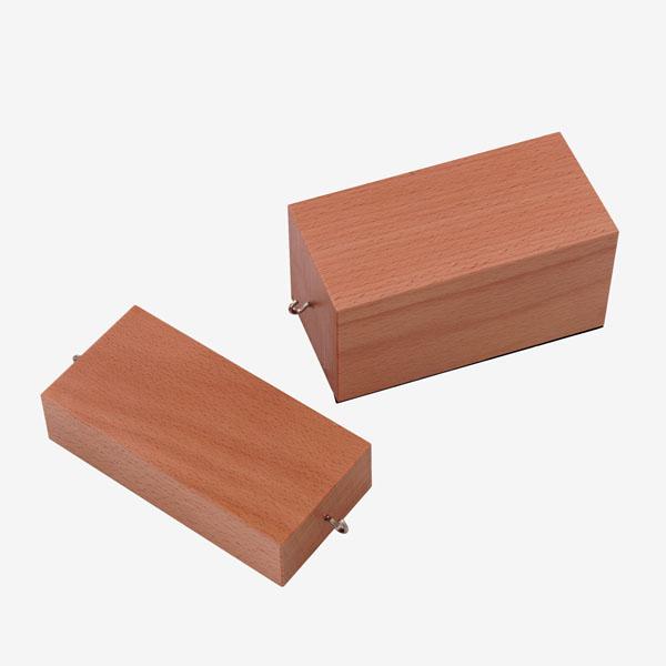 Holzklötze für Reibungsversuche, Paar