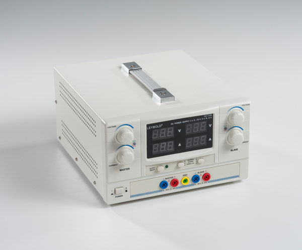DC-Netzgerät 2 x 0...16 V/2 x 0...5 A