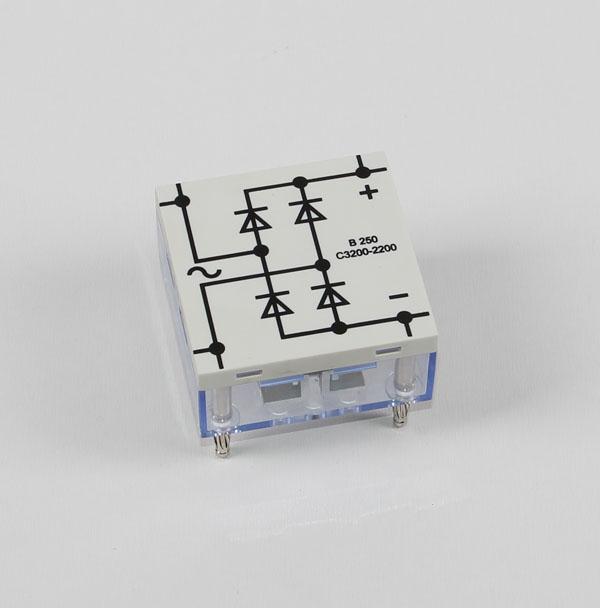 Brückengleichrichter B250/C3700, STE 4/50