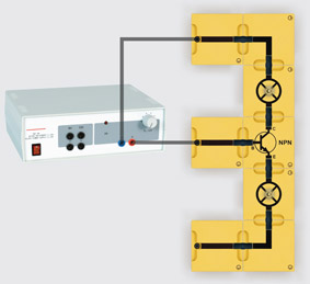 Transistor als Diodenstrecke - Aufbau mit Leiterbausteinen