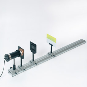 Nachweis ultravioletter Strahlung - Aufbau mit einem Ultraviolett-Leuchtschirm