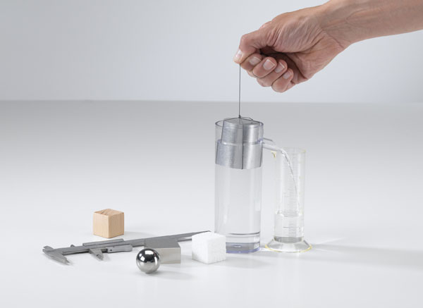 Volumen- und Dichtebestimmung an festen Stoffen