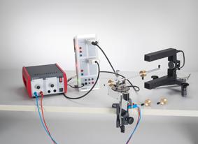 Zentrifugalkraft auf einen umlaufenden Körper - Messung mit dem Fliehkraftgerät und CASSY