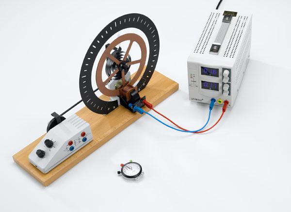 Freie Drehschwingungen - Messung mit der Handstoppuhr