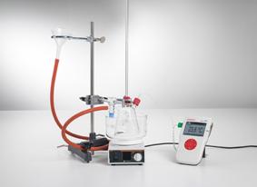 Untersuchung des Dichtemaximums von Wasser - Messung mit Mobile-CASSY