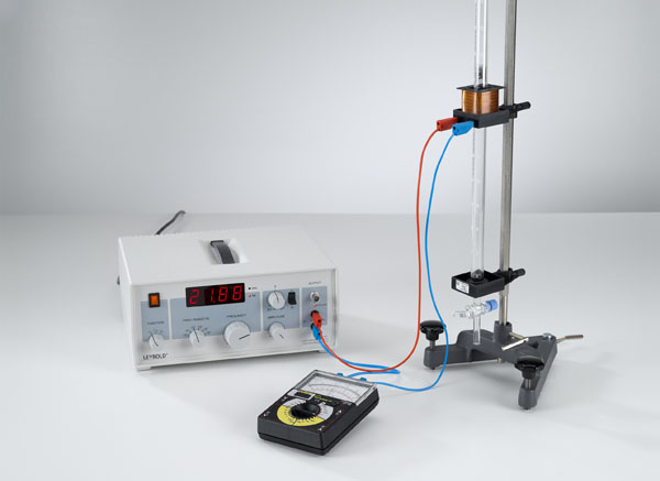 Bestimmung der Adiabatenexponenten cp/cV verschiedener Gase mit dem Gasfeder-Resonanzgerät