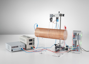 Kraftmessung an einem stromdurchflossenen Leiter im Magnetfeld einer Luftspule - Aufzeichnung mit CASSY