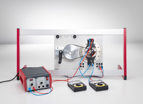 Spannungserzeugung mit einem AC-DC-Generator (Generator mit elektromagnetischem Außenpol)