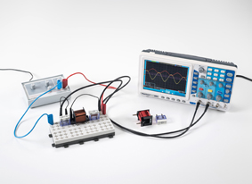 Bestimmung des Wechselstromwiderstandes in Stromkreisen mit Kondensatoren und Spulen