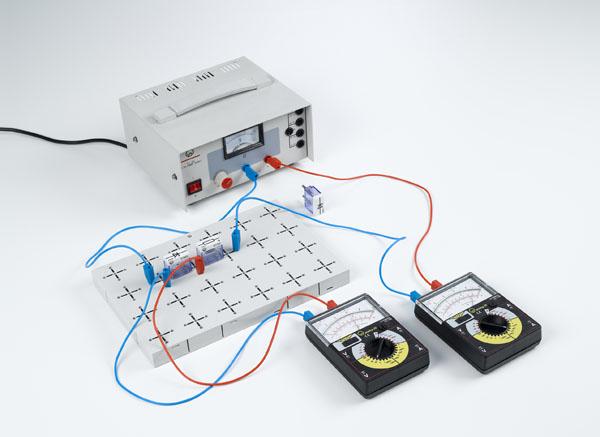 Aufzeichnung der Strom-Spannungs-Kennlinien von Z-Dioden