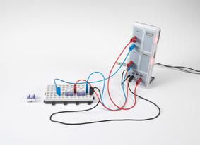Aufzeichnung der Strom-Spannungs-Kennlinien von Dioden mit CASSY