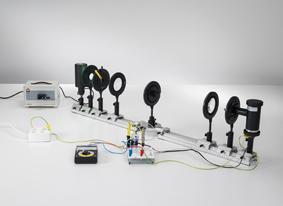 Bestimmung des Planckschen Wirkungsquantums - Wellenlängenzerlegung mit einem Geradsichtprisma auf der optischen Bank