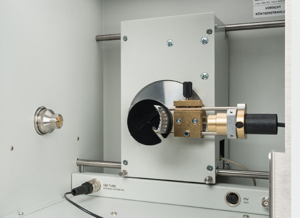 Untersuchung der Schwächung von Röntgenstrahlung in Abhängigkeit von Absorbermaterial und Absorberdicke