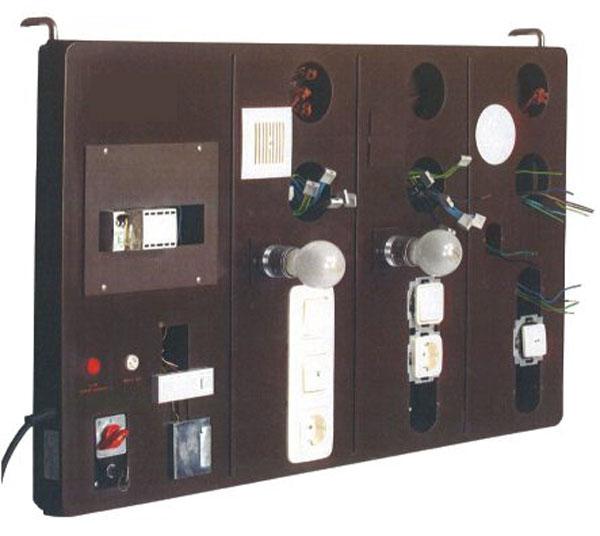 Unterputz-Installationswand mit Zubehör, RAL 7035 Lichtgrau