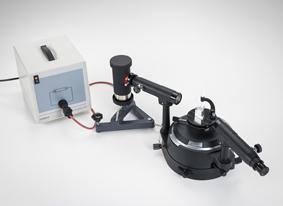 Ausmessung der Linienspektren von Edelgasen und Metalldämpfen mit einem Prismenspektrometer